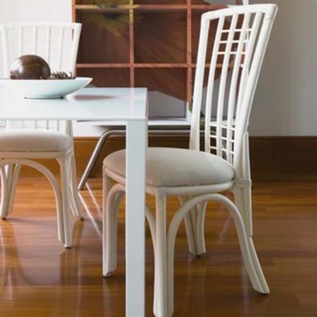 chaise en rotin maison lehodey. Black Bedroom Furniture Sets. Home Design Ideas